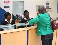 GJW Helpdesk with patient